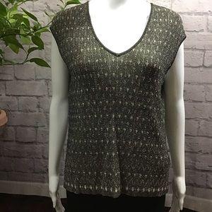 💙 SALE! 3/$15 Soft knit pullover vneck large top